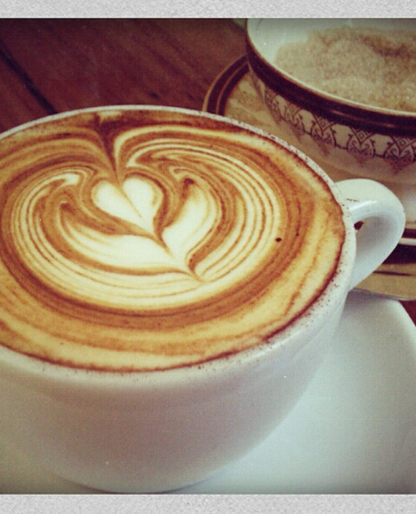 coffee-tea-places-amsterdam-drinks